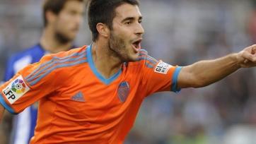 «Астон Вилла» может подписать полузащитника «Валенсии»