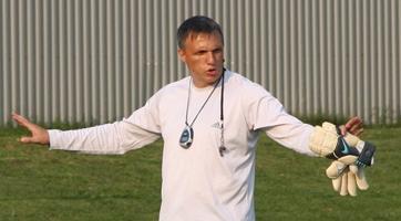 Валерий Шанталосов будет работать с вратарями «Сокола»