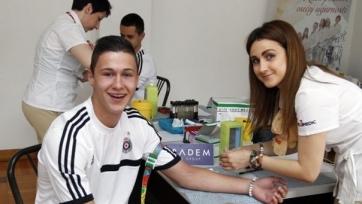 Молодой хавбек из «Партизана» переходит в «Челси»