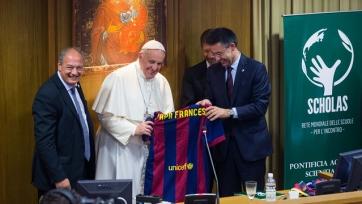 «Барселона» первой откликнулась на призыв Папы Римского