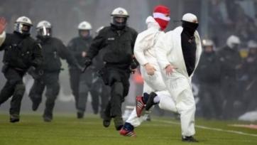 Фанаты «Кельна» устроили беспорядки в Менхенгладбахе (видео)