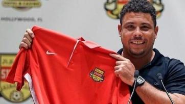 Официально: Роналдо возвращается в футбол