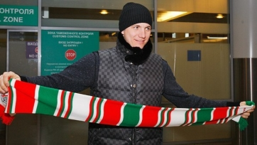 «Локомотив» готов продлить Павлюченко