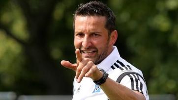 «Гамбург» расстался с главным тренером