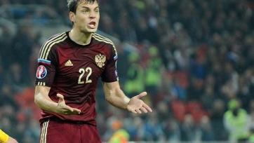 Артем Дзюба еще не подписал полноценный контракт с «Зенитом»?