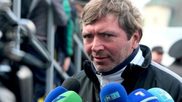 Игорь Добровольский продолжает оставаться тренером «Сахалина»