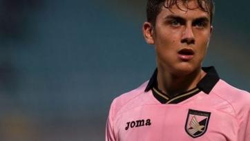 «Барселона» включилась в борьбу за Дибалу