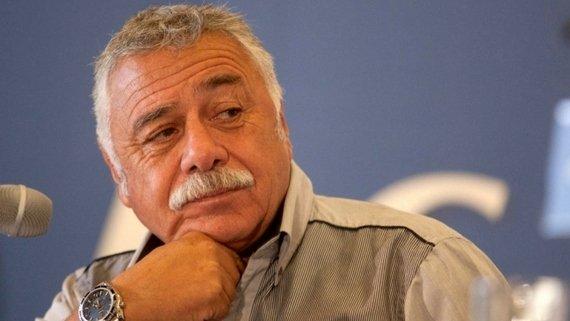 Власть и футбол. Карлос Кассели: бомбардир, бросивший вызов диктатору
