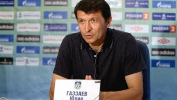 Юрий Газзаев дисквалифицирован на два матча