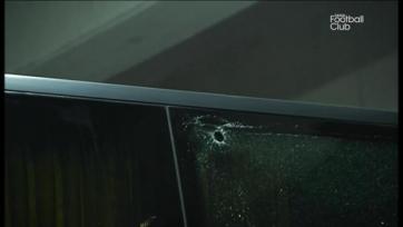 Автобус ПСЖ атаковали мячом для гольфа