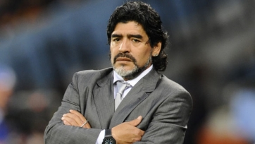Марадона предрекает поражение Зеппу Блаттеру