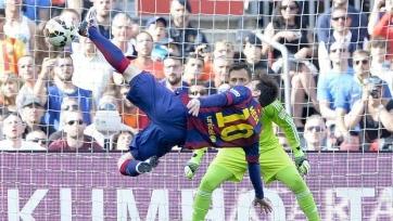 Лионель Месси забил 400-й гол за «Барселону»