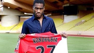 Кондогбиа продолжает получать предложения от топ-клубов