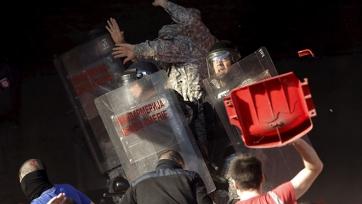 В Белграде ранения получили 35 полицейских