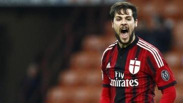 «Милан» готов продлить аренду Дестро, но выкупать игрока не хочет