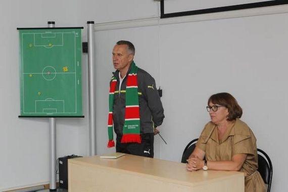 Перчатки Смородской. Шесть тренеров «Локомотива» за пять лет президентства