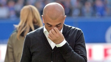 «Шальке» остался без главного тренера