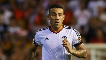 «Валенсия» готова продать Отаменди за 50 млн. евро