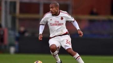 Де Йонг не может договориться с «Миланом»
