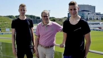 «Шальке» продлил контракты с двумя молодыми игроками