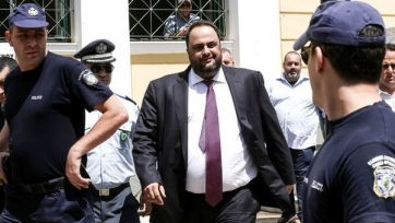 Греческий суд отстранил президента «Олимпиакоса» от управления командой