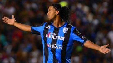 Официально: Роналдиньо больше не является игроком «Керетаро»