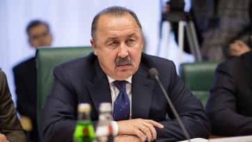 Газзаев считает Федора Смолова лучшим нападающим России