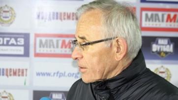 Официально: Гаджи Гаджиев продлил контракт с «Амкаром»