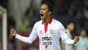 Официально: Карлос Бакка подписал контракт с «Миланом»