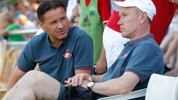 Дмитрий Аленичев недоволен нападением, и хочет усилить линию атаки