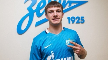 Официально: Ткачук стал игроком «Зенита»