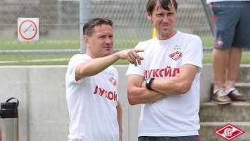 Аленичев: «Чтобы показывать фирменный спартаковский футбол, игроков переучивать не надо»