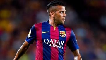 Благодаря новому контракту, Даниэль Алвес стал богаче на один миллион евро