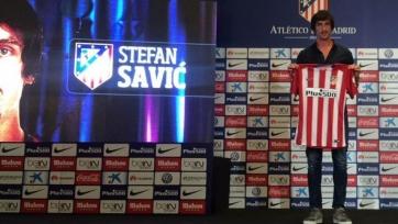 «Атлетико» представил Стефана Савича