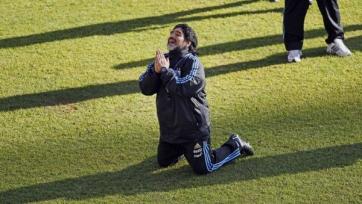 Марадона принял решение баллотироваться на пост президента ФИФА