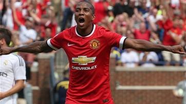 «Манчестер Юнайтед» подготовил новый контракт для Эшли Янга