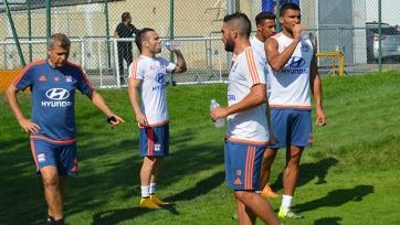 Матьё Вальбуэна провёл первую тренировку в составе «Лиона»