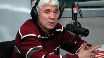 Евгений Ловчев: «Зе Луиш – очень умный игрок»