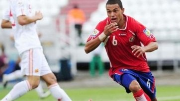 «Днепр» близок к подписанию хавбека сборной Коста-Рики
