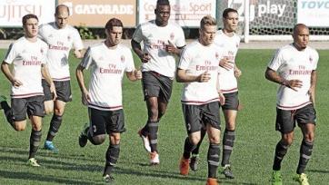 Балотелли начал тренироваться с «Миланом»