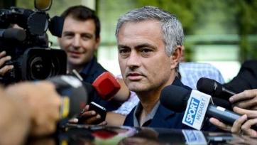 Моуринью: «Матчи сборных плохо отразятся на подготовке к игре с «Эвертоном»