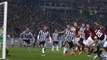 «Рома» одерживает верх в битве с «Ювентусом»
