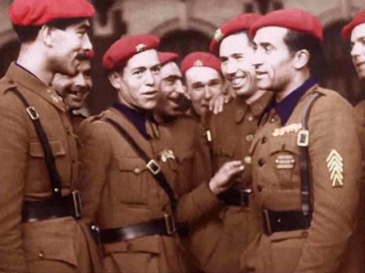«В едином порыве». Как немецкий нацизм принимал испанский франкизм в Берлине