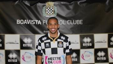 Сын Ривалдо подписал контракт с «Боавиштой»