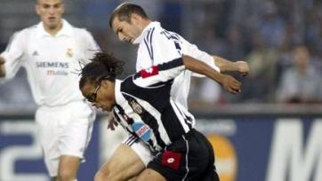 Эдгар Давидс: «Интер» и «Милан» должны играть в Лиге чемпионов»