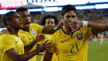Бразилия обыграла США, Халк снова забил