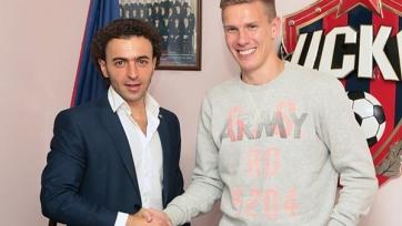 Официально: Понтус Вернблум продлил контракт с ЦСКА