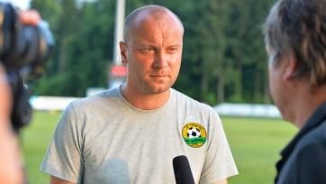Хохлов: «Самоотдача в порядке, содержанием игры недоволен»