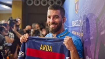 «Барселона» заменит Рафинью Тураном или Видалем?