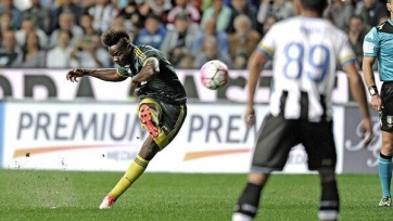 «Милан» не без приключений одолел «Удинезе»